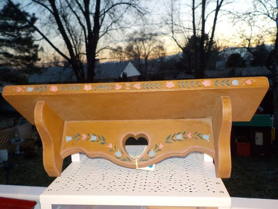 Small Shelf Flowered and hearts Sweet Accent Shelf
