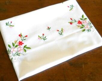 vintage embroidered tablecloth vintage white tablecloth floral tablecloth embroidered floral tablecloth vintage embroidery