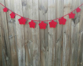Red Christmas Garland Star Bunting