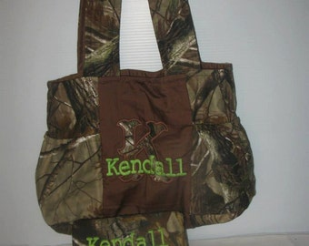 Sale, 25% off RealTree Diaper Bag, Tote, Personalize, Pick your Color, Real tree, Buck, Doe