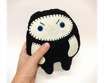 CHUBBY NINJA // black grumpy kawaii ninja plush doll toy // felt plushie // boys doll // stuffed animal