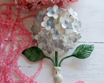Metal Hydrangea Hook, Cream Hydrangea Hook, Home Decor Hooks, Shabby Style Hooks, Hooks,