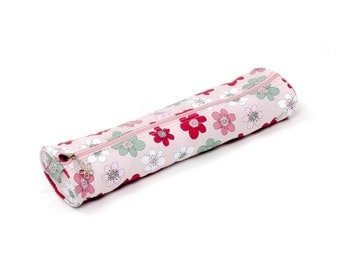 Knitting needle case, Knitting project bag, Fabric case with handmade heart decoration, Pink flower fabric design, Knitting accessory, UK