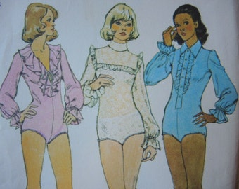 vintage 1970s Simplicity sewing pattern 6042 misses bodysuits for stretch knits only size 10