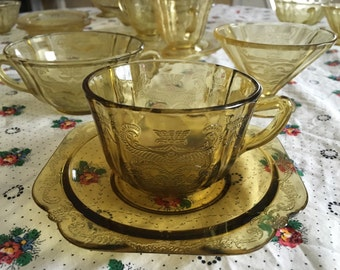24 Pieces Gorgeous Madrid Pattern Yellow Depression Glass Large Set Federal Glass