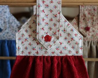 Country Calico Red and Cream Hanging Dish Towel