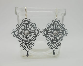 Lace earrings black with crystal pastes of swarovski and silver ties 925