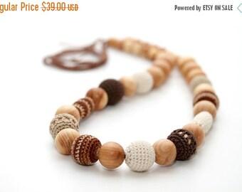 SALE 25% off Cappuccino  beads - Teething nursing necklace in juniper wood, brown, cream, beige. Valentines Gift
