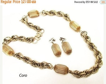 Coro Pegasus Necklace earring set Sparkling gold chain Mid Century Modern  Chain necklace and clip on earrings