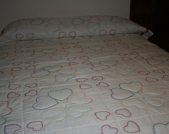 Twin to Full Quilt - White with embroidered hearts