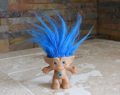 Ace troll doll - Treasure Troll - Ace Novelty Co. - 1990s troll doll - blue hair troll - blue eyes - 2 7/8 inch troll doll with wishstone