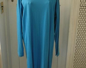 1980s 100% cotton aqua turquoise blue shift dress no waist long sleeve Health Loom ruffle hem over the head jersey