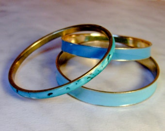 Blue Enamel Bangles     3 Bangle Lot