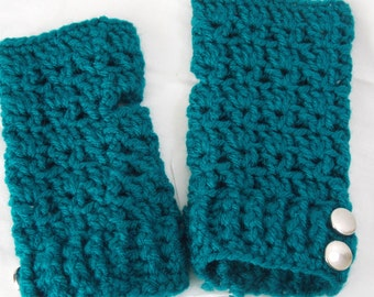 Button Side Crochet Fingerless Gloves
