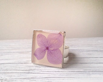 Unique rings, cute ring, real flower ring, nature inspired ring, purple jewelry, resin jewelry, hydrangea ring, purple ring, nature jewelry