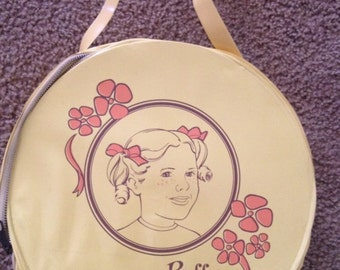 1971 FAMILY AFFAIR Buffy Yellow Vinyl Round Carry Case