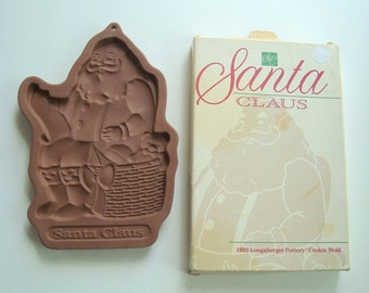 Santa Claus cookie or candy mold - 1992 Longaberger Pottery