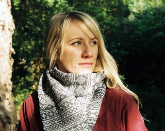 Hand knitted Fair Isle scarf. Free shipping in the UK!