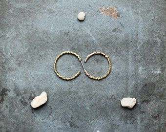 FINIA - twisted hoop earrings - brass or eco silver