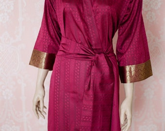 Merlot and Burgundy. Soft faux silk brocade robe in a shot weave merlot burgundy. Silk brocade robe. Medium. Silk brocade dressing gown.