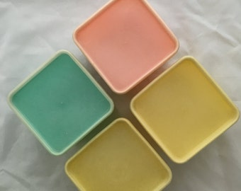 Mid Century Storage Containers - Set of 4 - With Lids - Great Condition