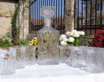 Vintage Glass Decanter with 6 glasses. Whiskey Decanter