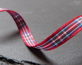 Royal Stewart Scottish Tartan Ribbon 7mm Berisfords - 1