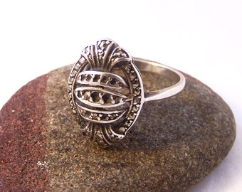 Vintage Silver Marcasite Ring, Oval Silver Ring, Silver Ring, Size 8.75, Size R