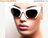 LOVE U SALE Vtg Deadstock Black and White Circular Half Frame Cat Eye Sun Glasses