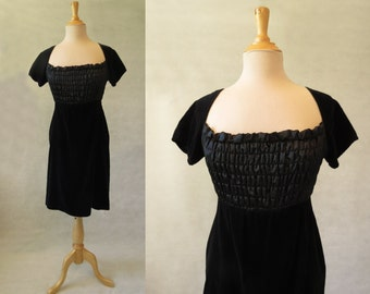 Black Velvet Dress With Shirred Bodice - 1970s