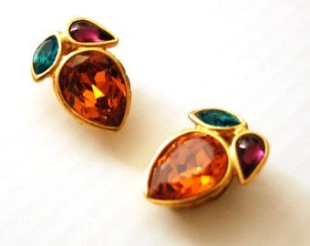 YVES SAINT LAURENT clip on earrings// ysl clip//haute couture// fashion//non pierced earrings