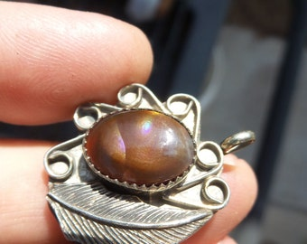 Beautiful bright finished 5.3 g Fire Agate cabochon Pendant!