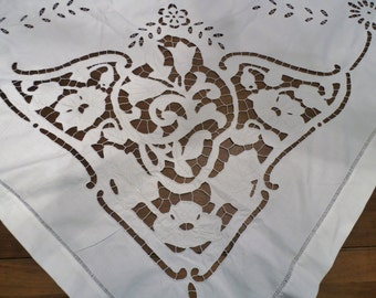 "Vintage Richelieu Cutwork 74"" Tablecloth Embroidered"