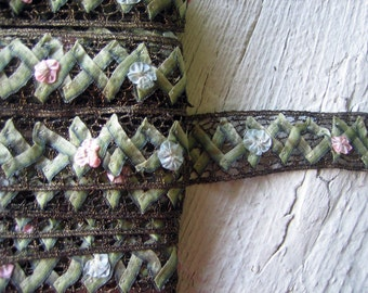 Antique Metallic Ribbon with Ribbonwork (Ref: A-3499 Box 2)