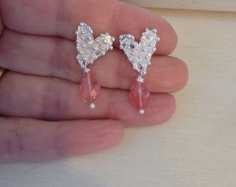 Silver heart earings with quartz