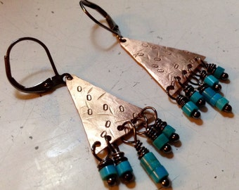 Dancing Moon | Copper triangles |  tiny turquoise | hammered copper earrings • metalwork • hammered copper jewelry • mixed metals