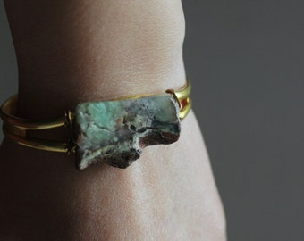 Raw stone bracelet gold chrysoprase bracelet brass native american jewelry bohemian jewelry boho cuff bracelet,tribal bracelet Open Cuff