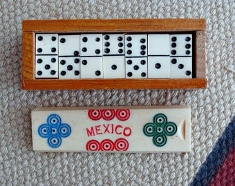 Vintage Set Of 28 Mexican Mini Dominoes In Wooden Box ~ Souvenir ~ Arts & Crafts Supplies