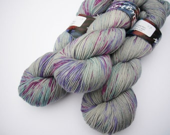 Yarn sock weight Hand dyed 100% Superwash Merino- splash