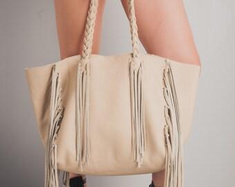 Beige Leather Tote with Fringe, Handmade Italian Leather Tote, Fringe Bag, Summer color tote, Beige leather bag, womens handbag, fringe