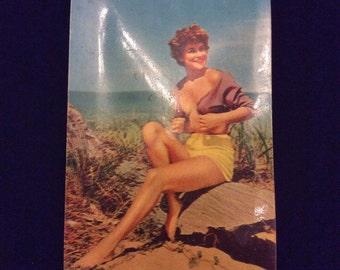 Vintage 1950s/1960s Naughty Pinup Squeaking Postcard