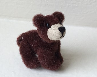Miniature Brown Walking Bear (JL)