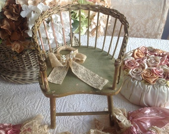 Adorable antique shabby cottage chippy green and pink painted doll's chair