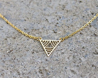 Gold Triangle Necklace // 16K Gold // Minimal Necklace // Layering Necklace // Geometric Necklace