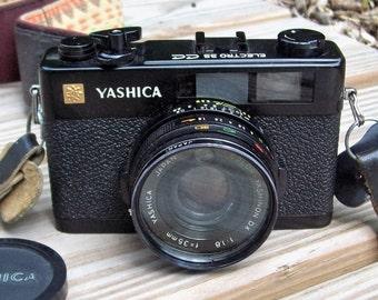 Vintage Yashika Electro 35 CC 35mm Rangefinder Film Camera Japan