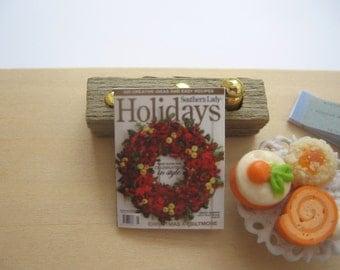 dollhouse magazine christmas holidays  12th scale miniature