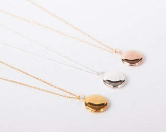 Fine Necklace Medaillon Photo Locket  Tiny Locket Necklace Choose Your Colour Gold Silver Or Rose Gold
