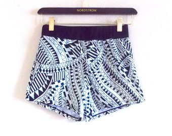 High Waisted Stretch Shorts Size SMALL
