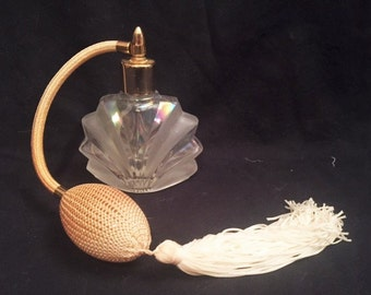 I Rice vintage pump spray perfume bottle with iridescent glass bottle