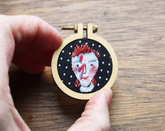David Bowie Ziggy stardust in a mini hoop